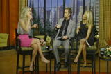 Ali Larter, Kelly Ripa - Live with Regis & Kelly Video 24-04-09