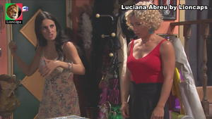 Luciana Abreu sensual em vários momentos
